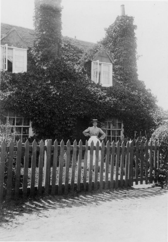 36 Wyatts Lane late 1890s - 1900s