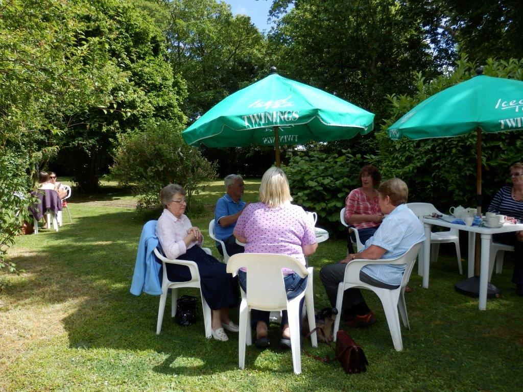 Carisbrooke Priory Tea 20140627 (10)