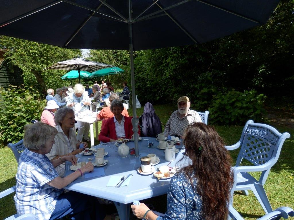 Carisbrooke Priory Tea 20140627 (7)