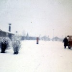 Junction of Uplands Road and Greenways in the snow